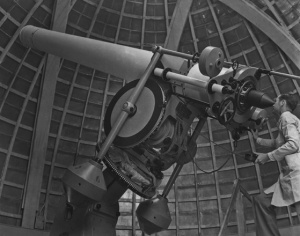telescope-scientist-3
